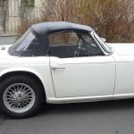 02-cote-d-triumph-tr4-a-irs-1966-blanche