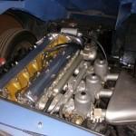jaguar-type-e-coupe-bleue-1964-moteur